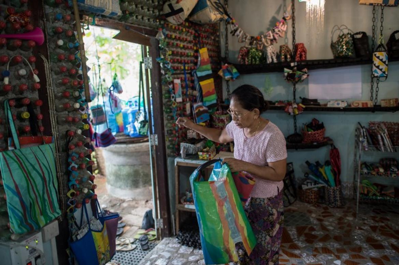 myanmar-enterprise-tries-to-make-trash-trendy-1582235418