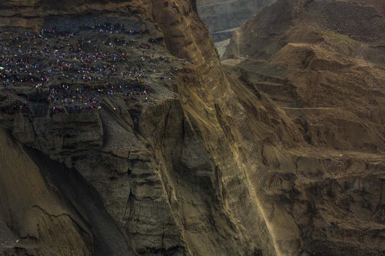 the-jade-mining-crisis-1582179828