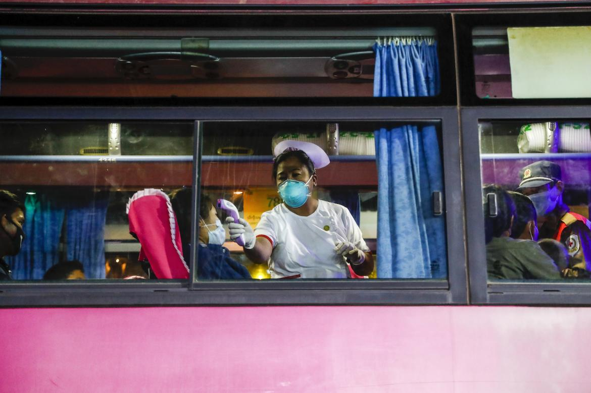 alarm-as-thousands-of-returning-workers-ignore-quarantine-orders-1591165812