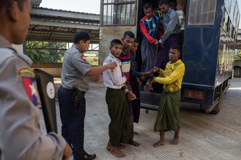 scores-of-detained-rohingya-freed-in-myanmar-as-virus-fears-mount-1591165649