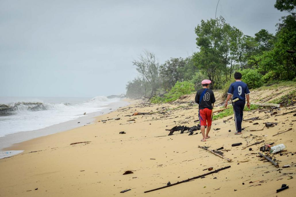Kanyin Chaung residents plan to develop a communitybased tourism project on this 6.4-kilometre stretch of beach near their village. (Kyaw Lin Htoon | Frontier)