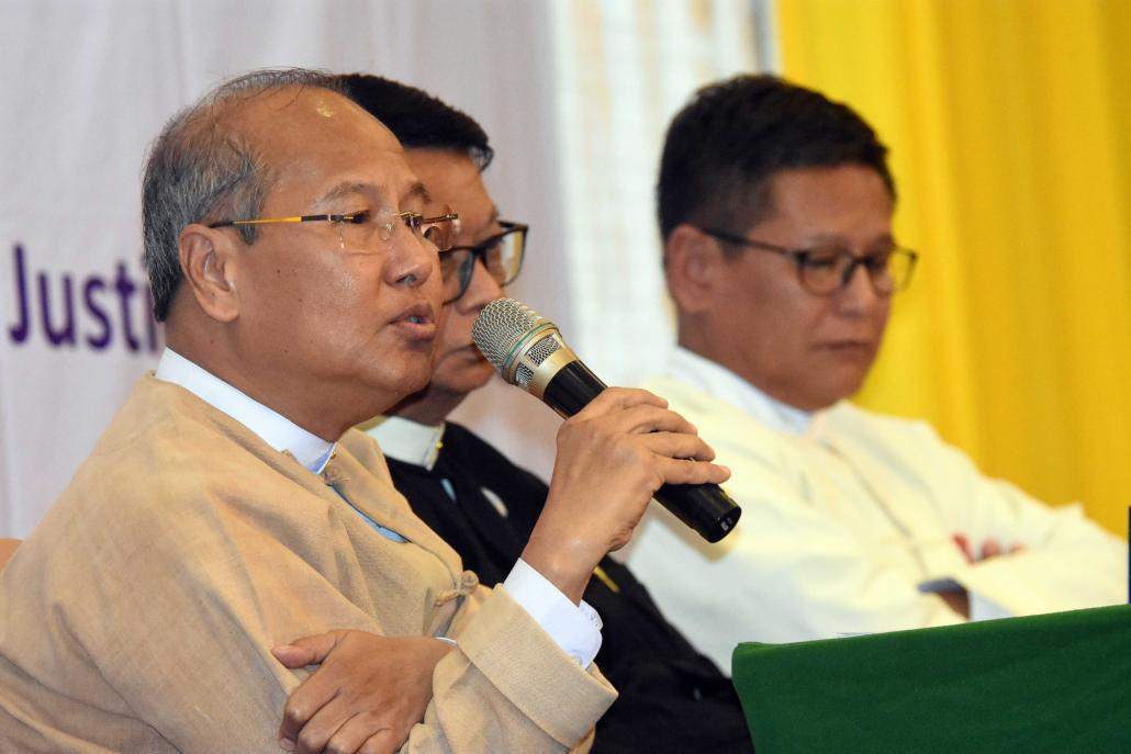 Magway Chief Minister U Aung Moe Nyo speaks at an anti-corruption seminar. (Steve Tickner | Frontier)