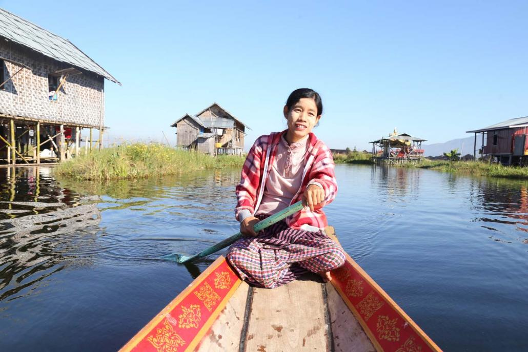 About 90 percent of the profits from Inle Canoe Lady go to the women from Pauk Par village who paddle the canoes. (Sha Miao | Frontier)
