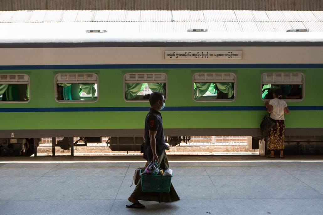 Train services will operate as normal from Yangon in the lead up to Thingyan but officials say ticket sales have been well down on previous years. (Thuya Zaw | Frontier)