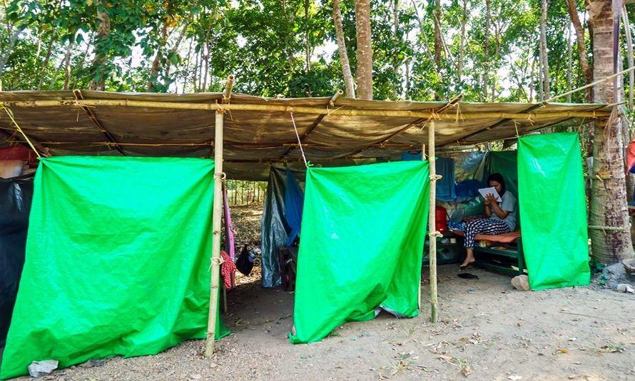 The Karen National Union has set up quarantine huts in its territory for migrants who return from abroad. (Supplied)