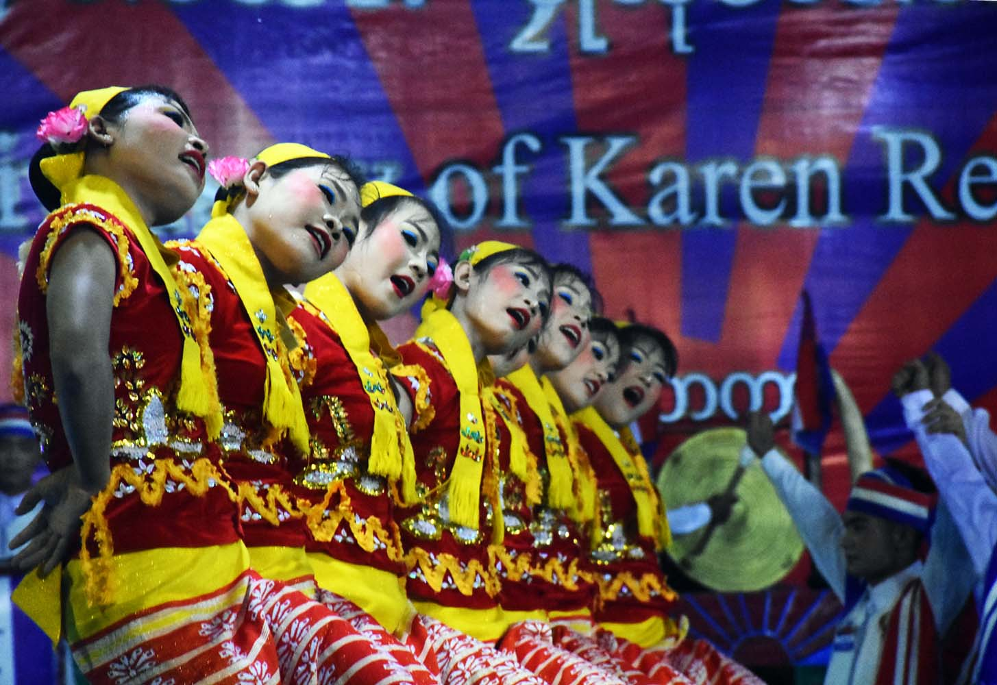 Traditional Karen don dancing at the 70th Karen Revolution Day celebrations at Klo Yaw Lay, Kayin State, in January 2019. (Steve Tickner | Frontier)
