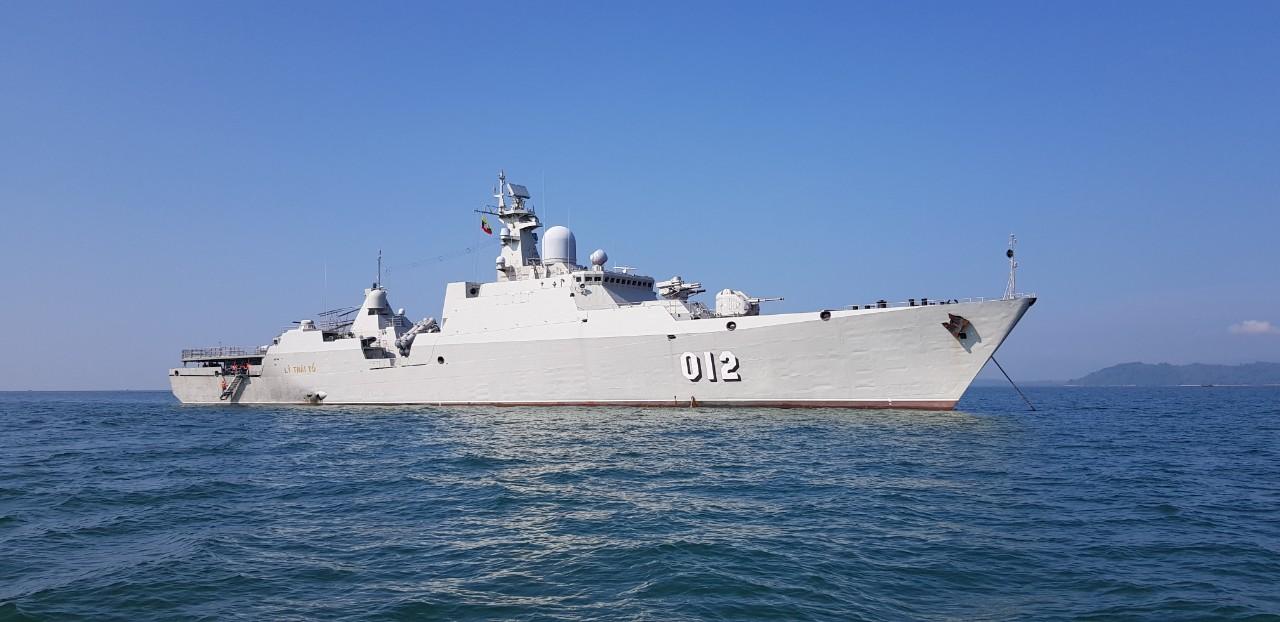 arrived_vietnam_ship_2.jpg