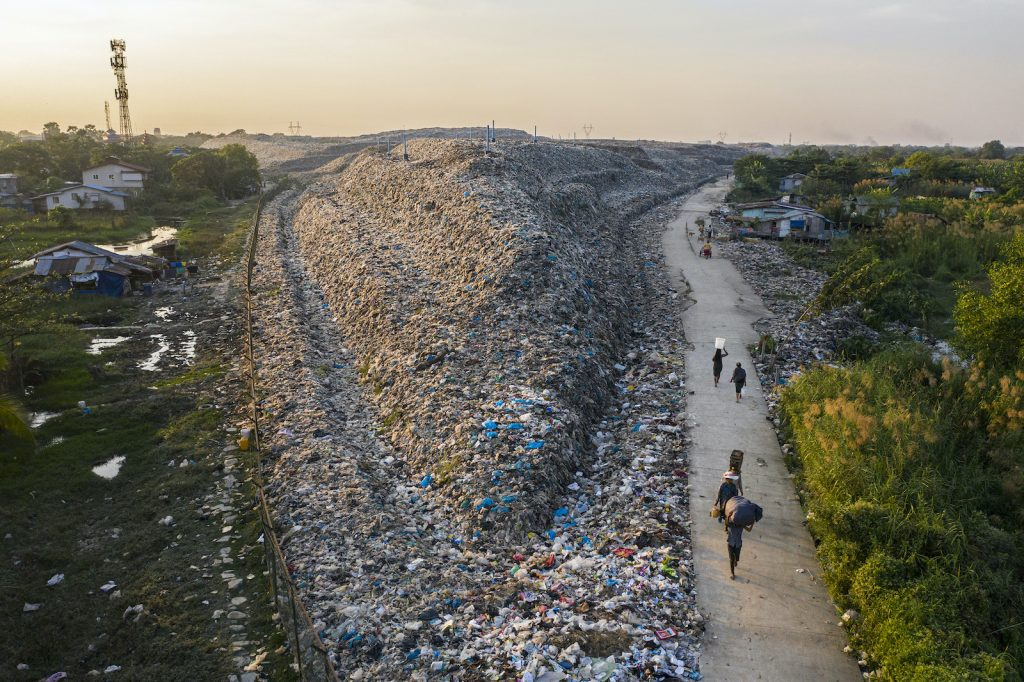 The Dawei Chaung dump in Yangon's North Dagon Township is seen on December 15, 2020. (Hkun Lat | Frontier)