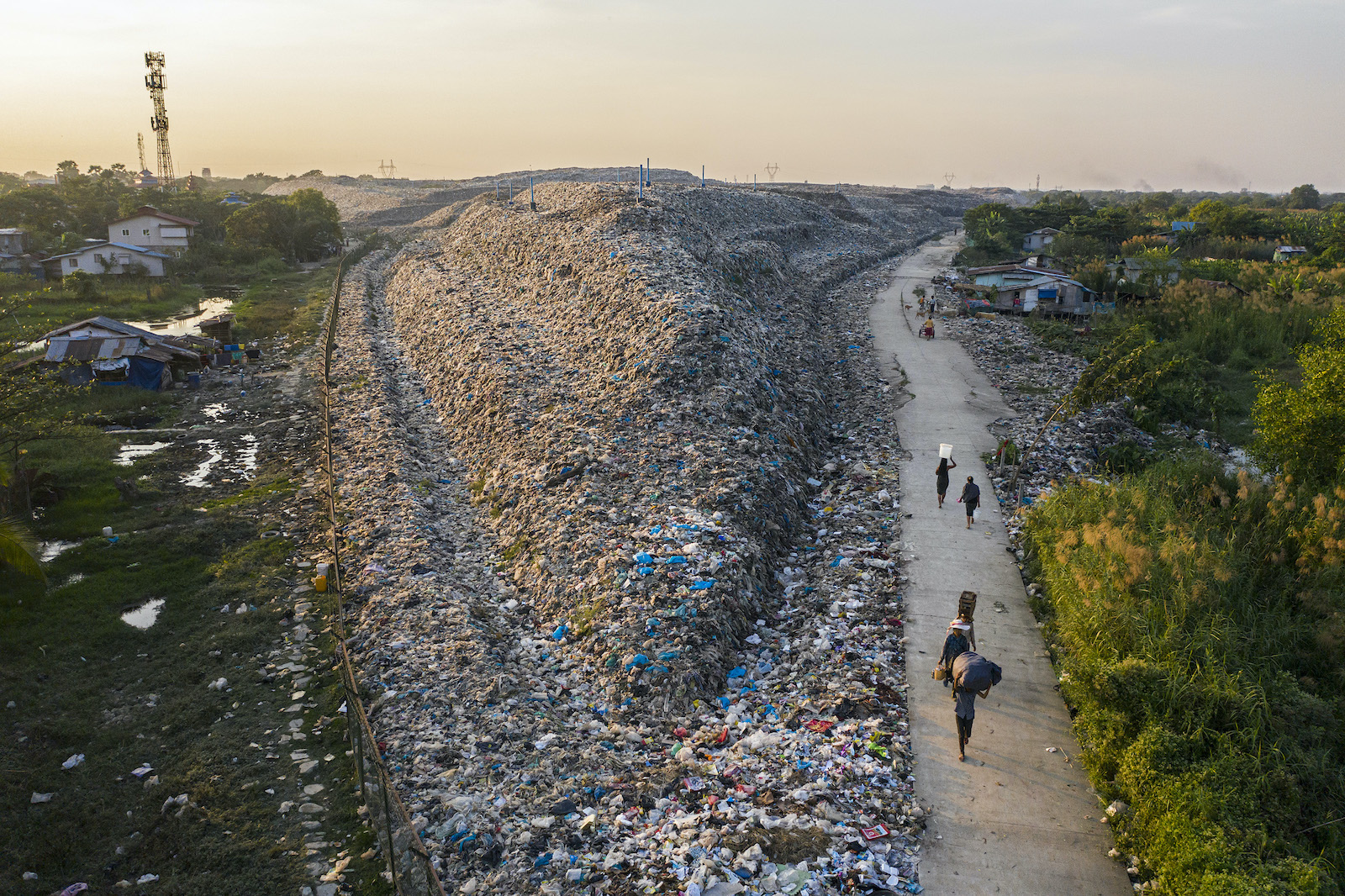 The Dawei Chaung dump in Yangon's North Dagon Township is seen on December 15, 2020. (Hkun Lat   Frontier)