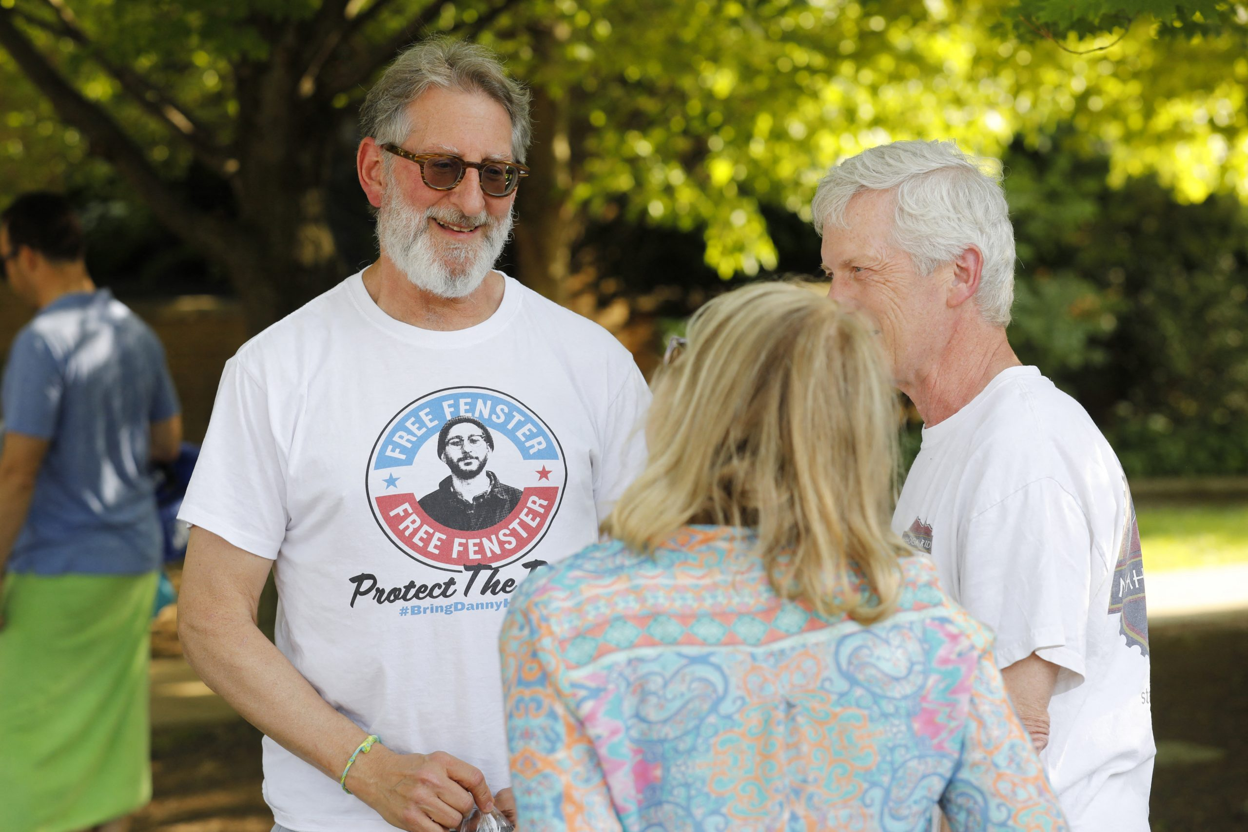 Buddy Fenster (L), father of detained journalist Danny Fenster, speaks to supporters in Huntington Woods, Michigan on June 04, 2021. (AFP)