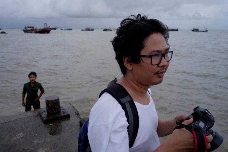 2017-12-16t104745z_1_lynxmpedbf07l_rtroptp_4_myanmar-journalists.jpg