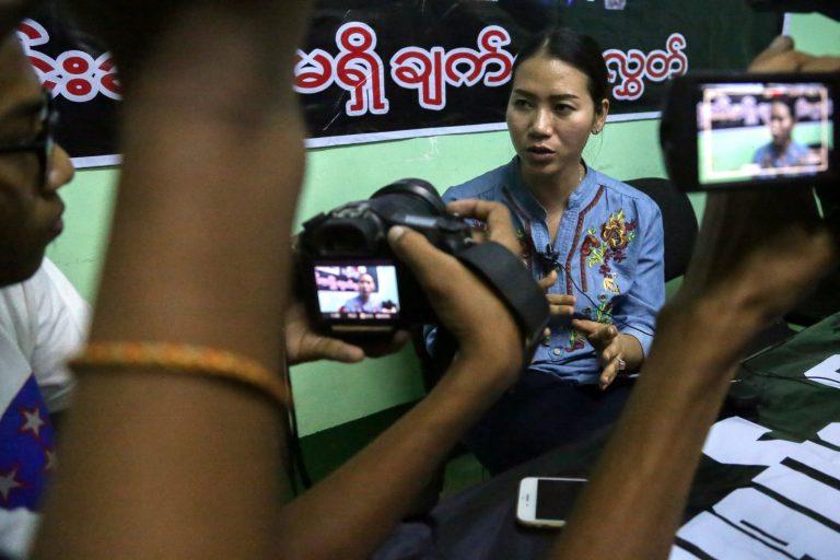 2017-12-28t143230z_1_lynxmpedbr0sq_rtroptp_4_myanmar-journalists.jpg
