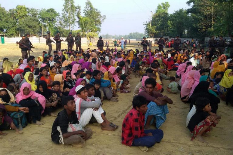 22000-fled-rakhine-to-bangladesh-in-one-week-1582221067