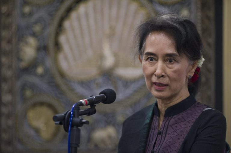 aung-san-suu-kyi-to-visit-troubled-diaspora-in-thailand-1582225810