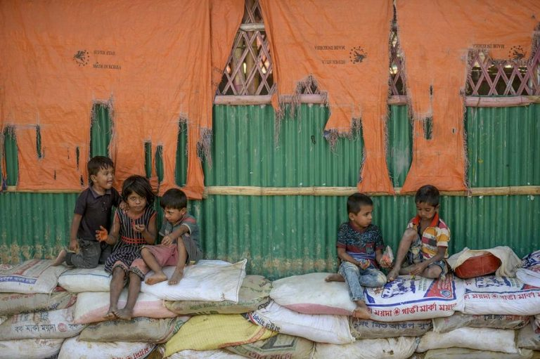 bangladesh-allows-education-for-rohingya-refugee-children-1582197710