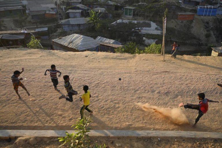 bangladesh-tells-un-it-will-no-longer-take-in-myanmar-refugees-1582203067