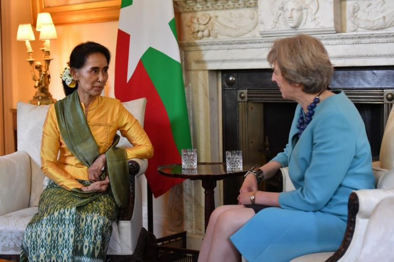 daw-suu-talks-human-rights-on-historic-uk-visit-1582224055