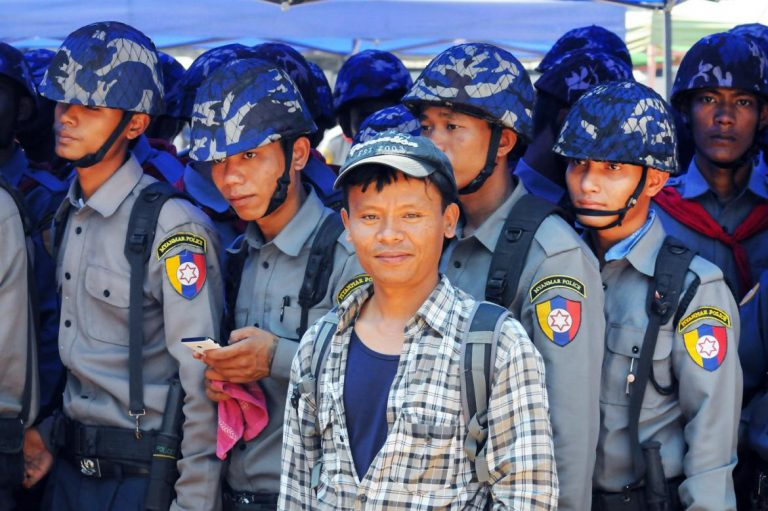 fears-for-3-journalists-arrested-by-military-in-shan-state-1582216302