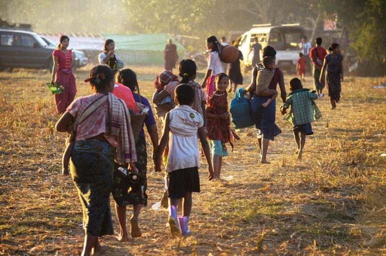 fresh-clashes-between-aa-and-tatmadaw-in-mrauk-u-1582202483