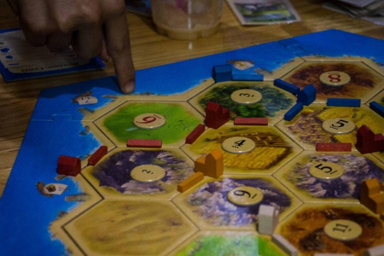 global-board-game-boom-comes-to-yangon-1582236057