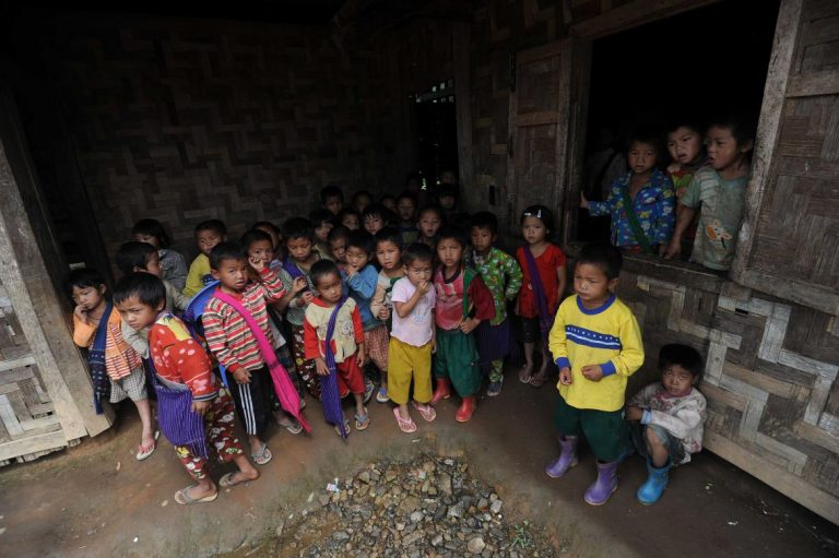 kachin-women-and-children-displaced-downhearted-and-waiting-to-go-home-1582183928