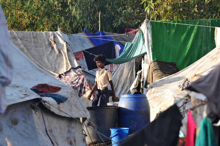 kyaukphyus-kaman-community-confined-against-their-will-1582183267