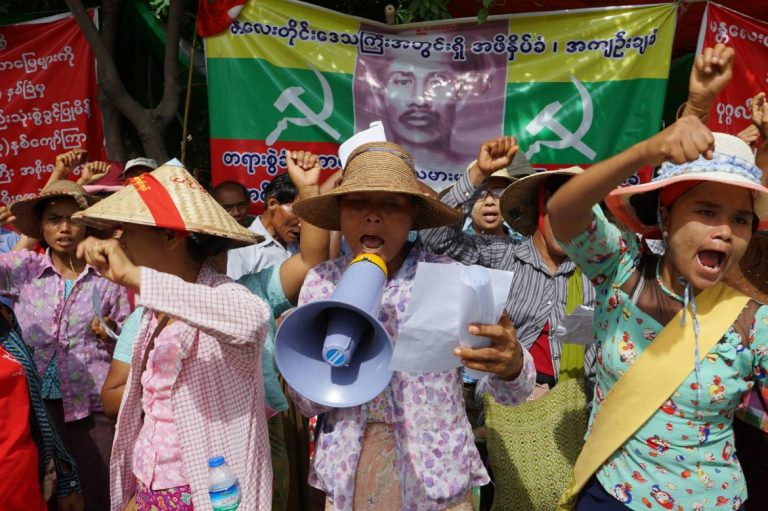 mandalay-farmers-stage-week-long-protest-over-land-grabs-1582216243