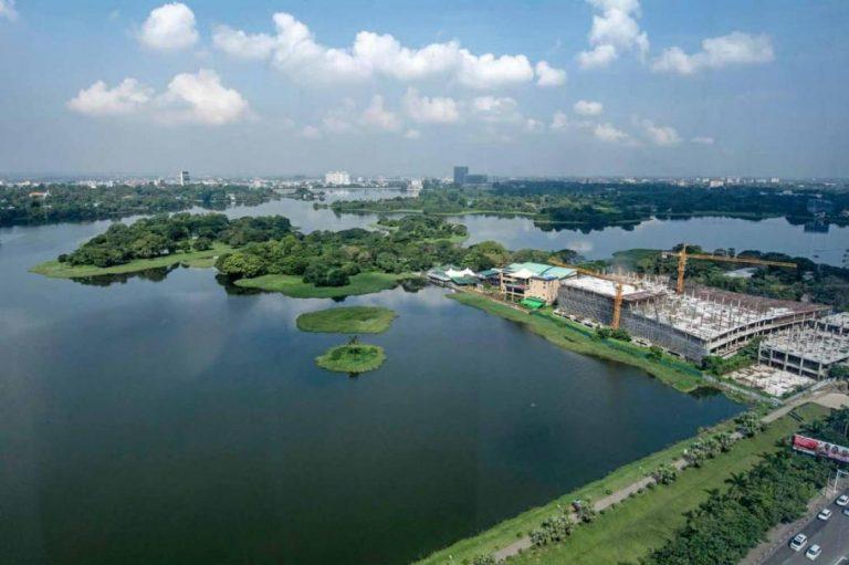 mayor-warns-inya-lake-developers-of-possible-land-seizures-1582217456
