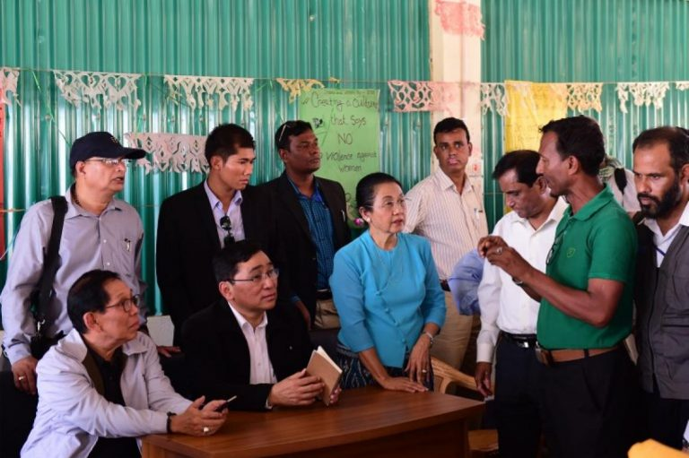 myanmar-minister-makes-landmark-visit-to-kutupalong-camp-1582209742