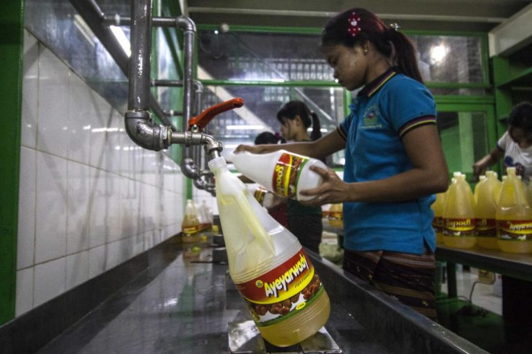 myanmars-edible-oils-sector-bites-back-against-palm-oil-1582183243