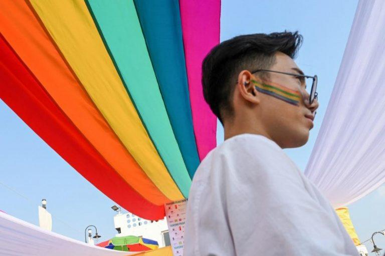 myanmars-first-lgbt-pride-boat-parade-sets-sail-1582203691