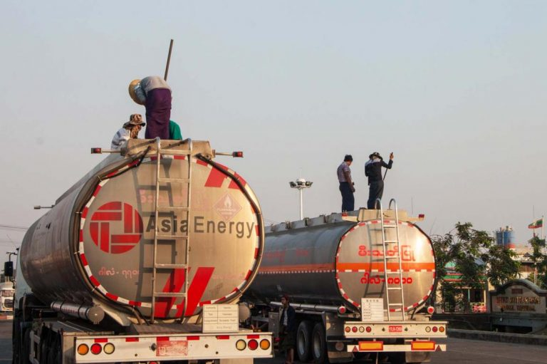 myanmars-fuel-market-from-fanfare-to-standstill-1582172918