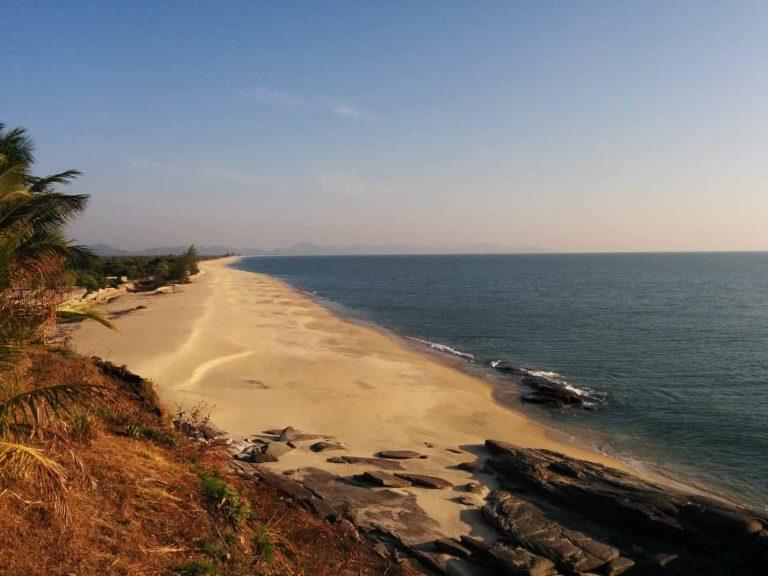 nabule_beach.jpg