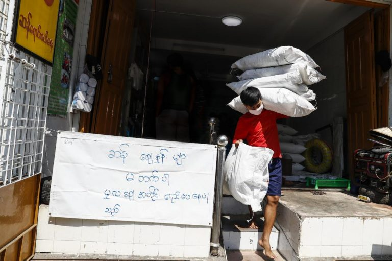 Rice sold out in Yangon markets on March 24 after the Ministry of Health and Sports announced Myanmar's first two COVID-19 cases. (Nyein Su Wai Kyaw Soe | Frontier)