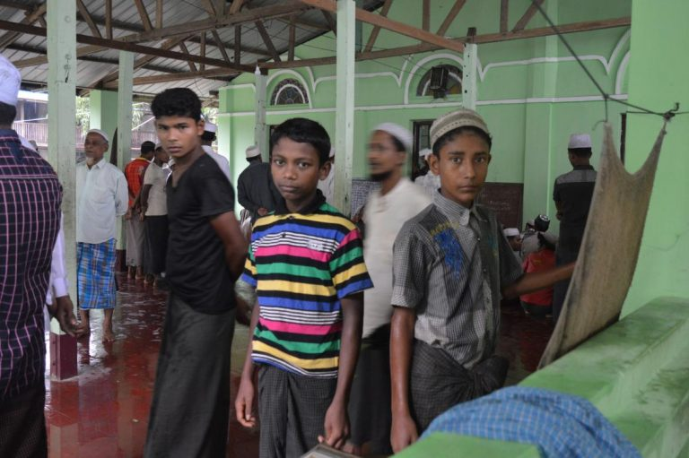 officials-banned-from-saying-rohingya-as-un-envoy-visits-1582225814