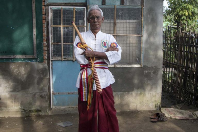 playing-for-beauty-and-playing-to-fight-myanmars-martial-arts-1582234859