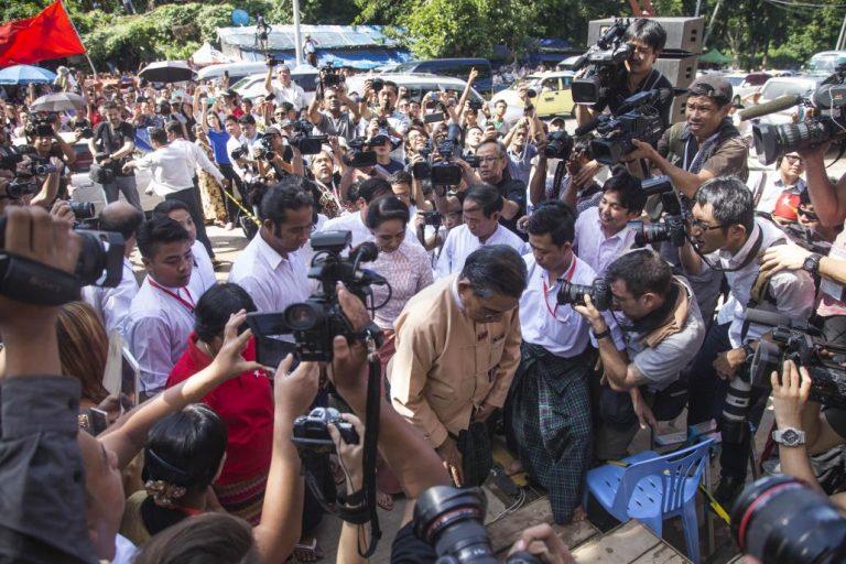 raising-the-bar-for-myanmars-journalists-1582194711
