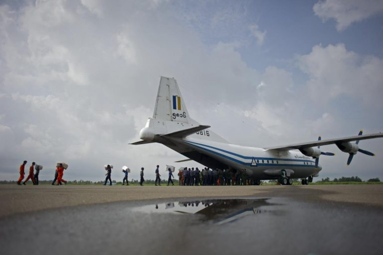 search-party-finds-military-plane-wreckage-bodies-in-andaman-sea-1582216890