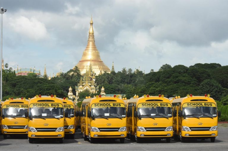 small-notes-shortage-follows-big-changes-to-yangon-bus-network-1582185073