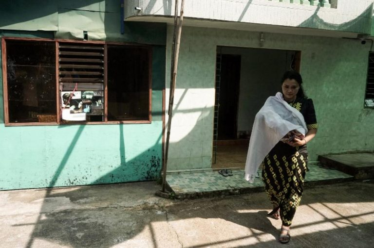 stigma-or-separation-the-painful-choice-facing-myanmars-single-mothers-1582204879