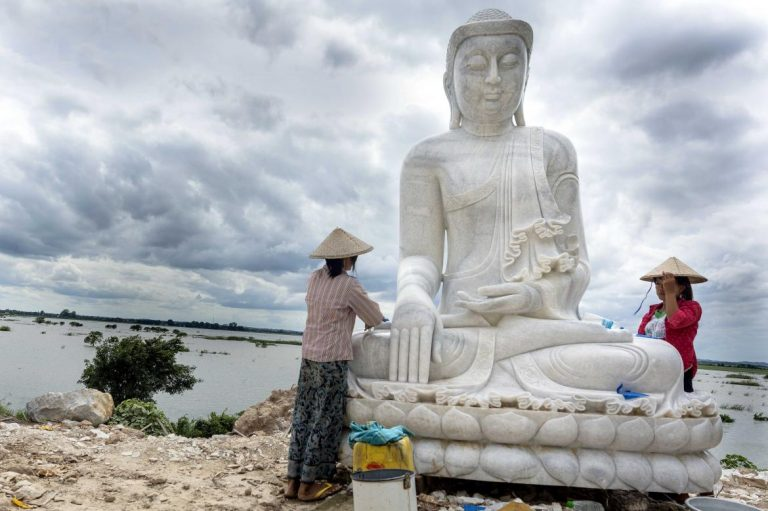 the-marble-village-of-mandalay-1582117220