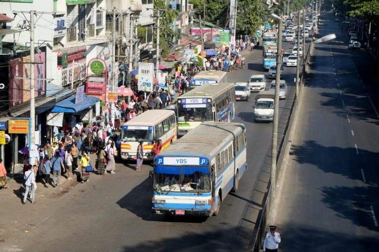 traffic-chaos-commuter-woes-as-new-yangon-bus-system-begins-1582221033