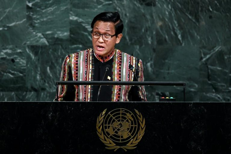 u-henry-van-thio-insists-to-un-that-rakhine-situation-improving-1582214446