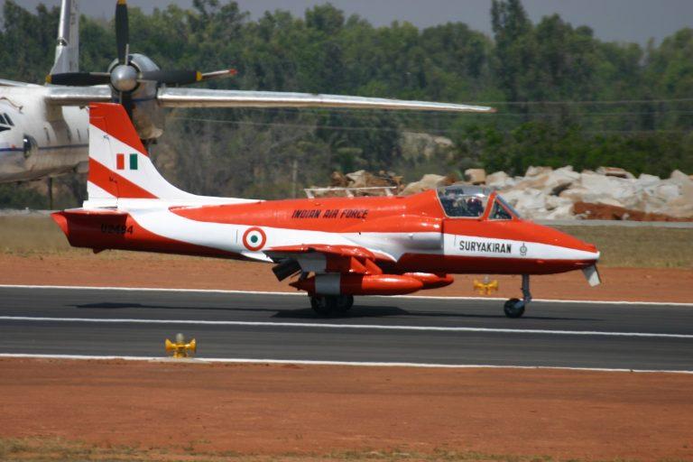 u2484_hal_hjt-16_kiran_indian_air_force_surya_kiran_aerobatic_team_8414605364.jpg