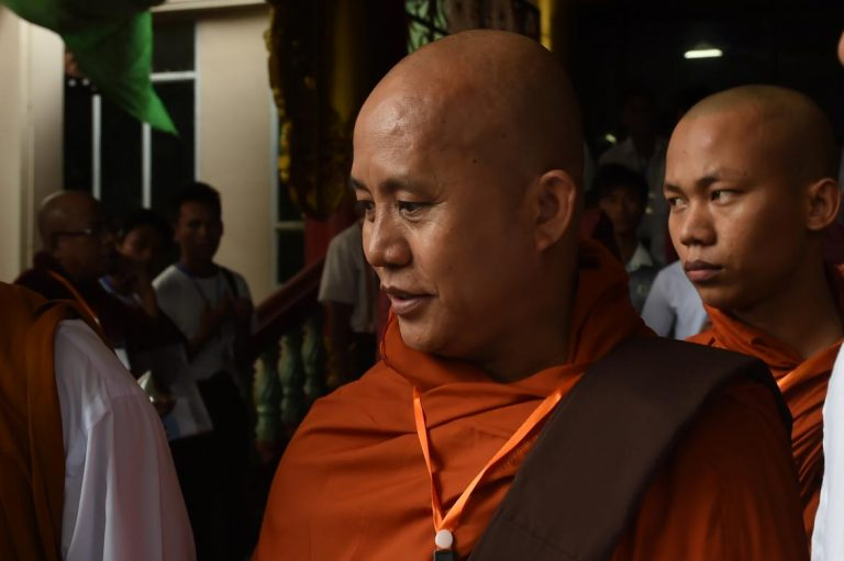 wirathu-visits-strife-torn-maungdaw-1582218026