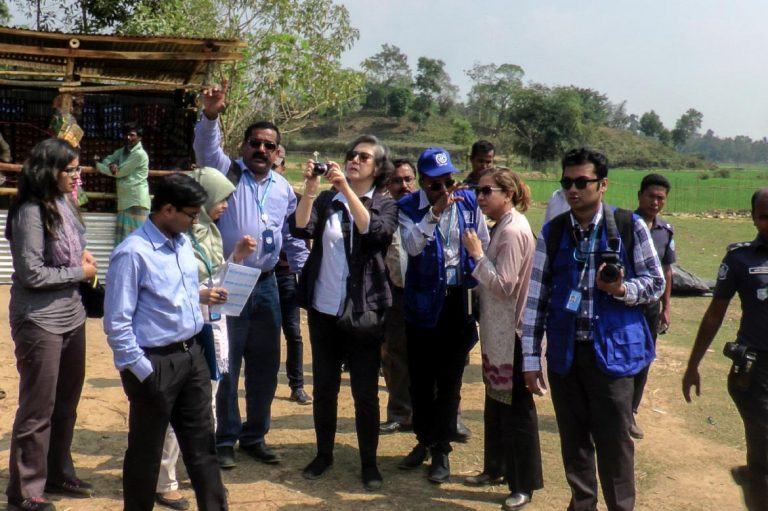 yanghee-lee-visits-rohingya-camps-in-bangladesh-1582219881